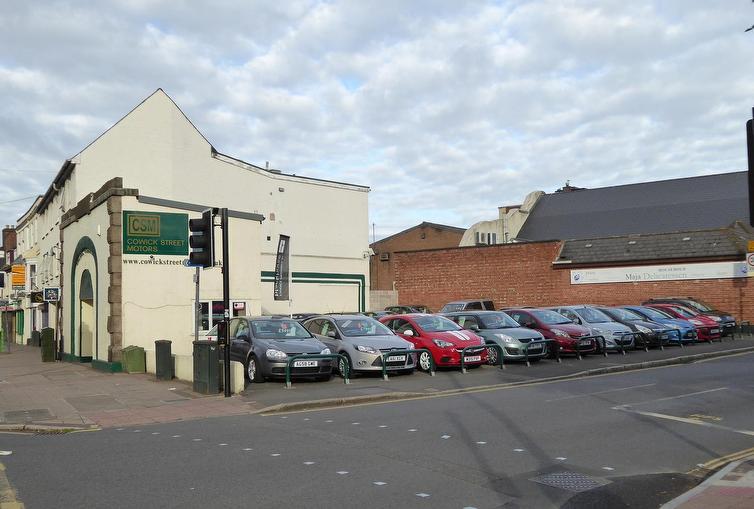 Cowick Street Motors
